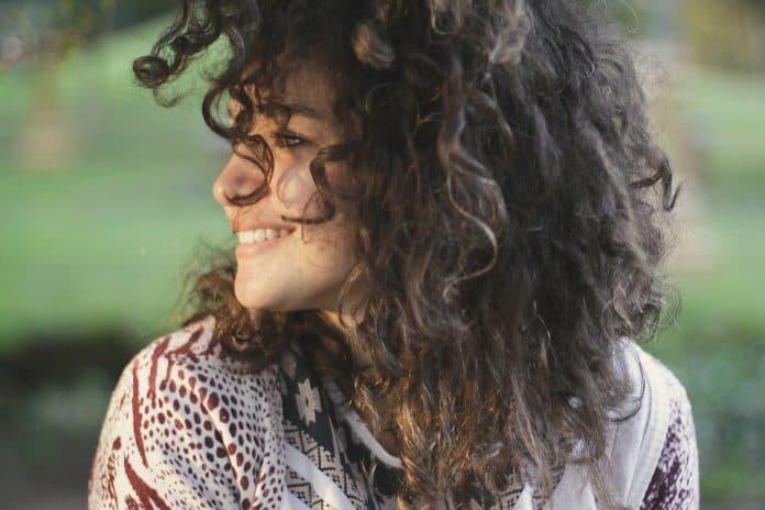 Къдрене и изправяне на коса