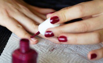 Нокти в преливащ цвят