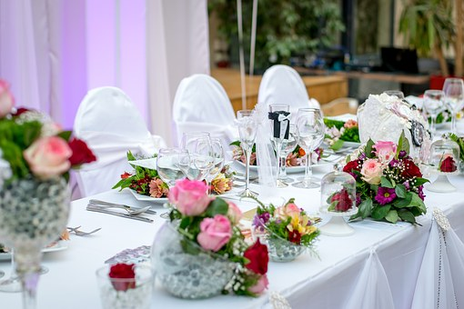 Подредба на масите на сватба
